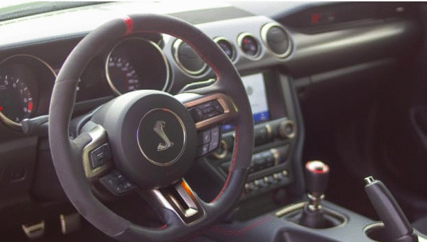 Carros Novos: Mustang Shelby GT350R
