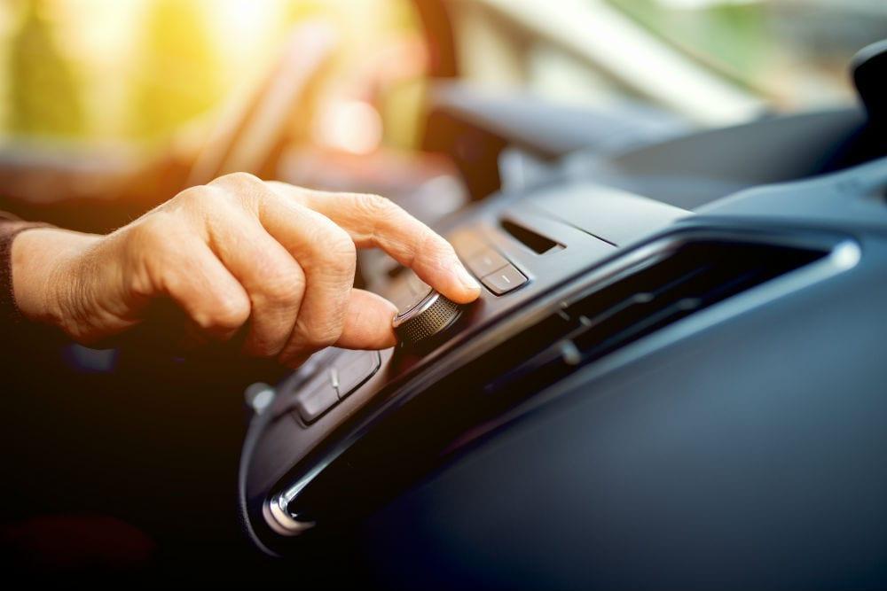 Som automotivo: melhores marcas e dicas