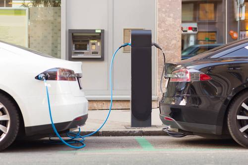 No dia a dia, qual é melhor - carro elétrico ou carro híbrido?